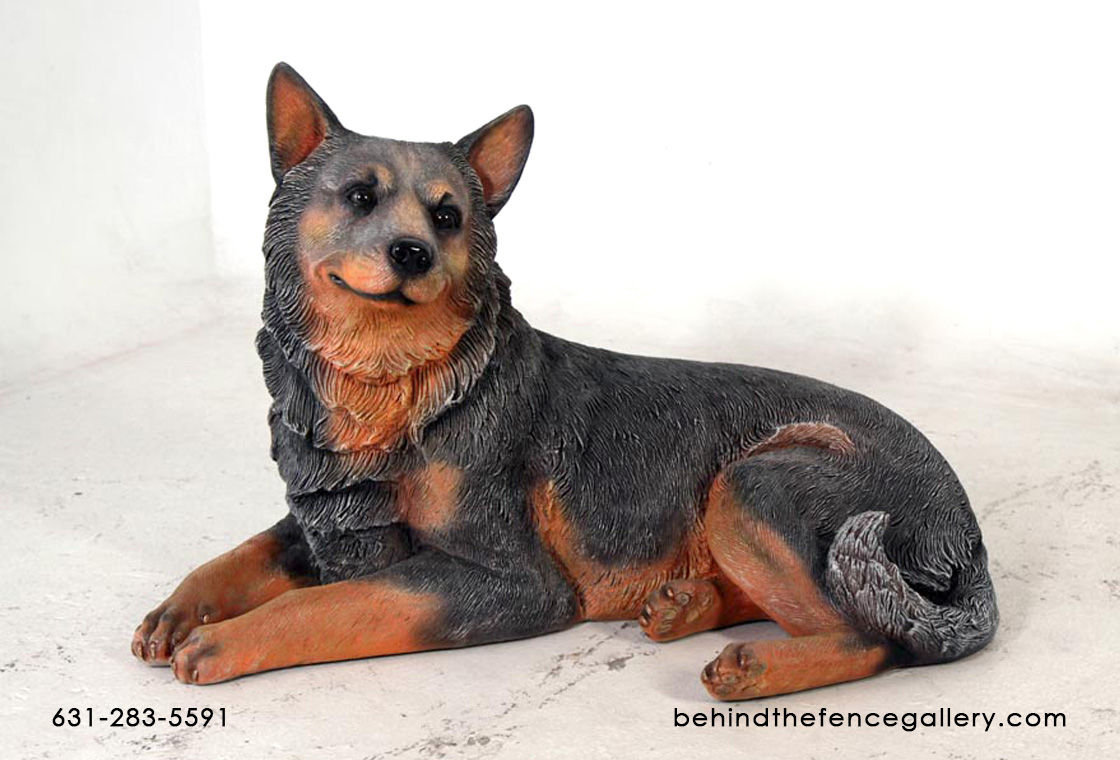 Blue Heeler Lying Down Statue - Click Image to Close
