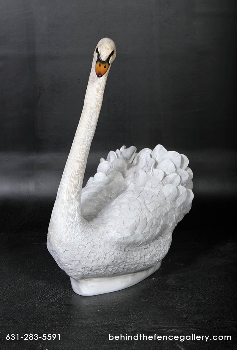 White Swan Statue - Click Image to Close