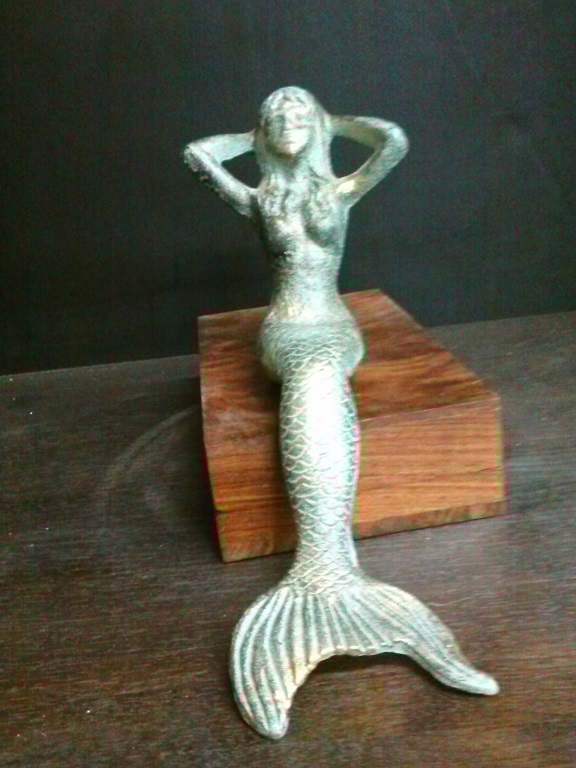 Cast Iron Mermaid (table top)