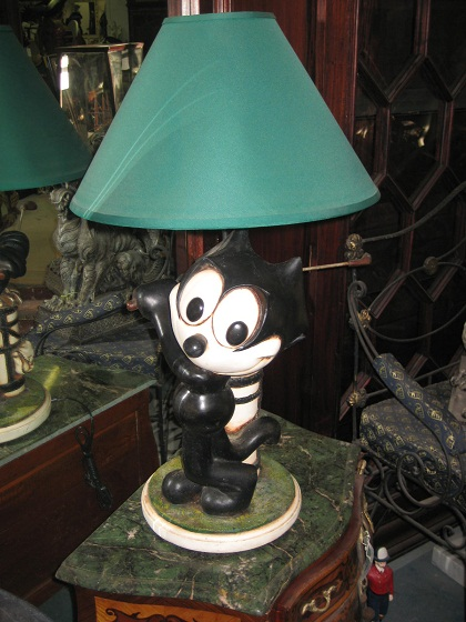 Felix Cat Lamp discounted