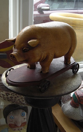 Pig on wheels